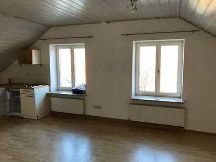 Schöne, helle 1-Zimmer Wohnung in Bad Tölz, zentral