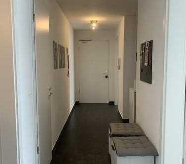Exklusive, neuwertige 3-Zimmer-Wohnung mit Balkon und EBK in Freiham, München