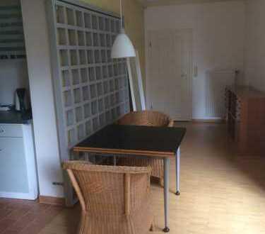 Gepflegtes 1-Zimmer-Erdgeschossapartment mit Einbauküche in Bremen