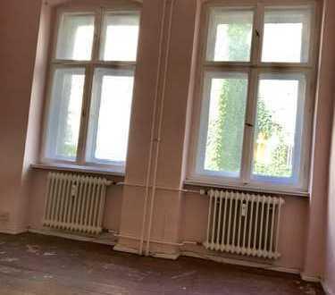 Neu - Sofortbezug zum renovieren - Wasserlage am Schloss-Charlottenburg in erster Linie zur Spree