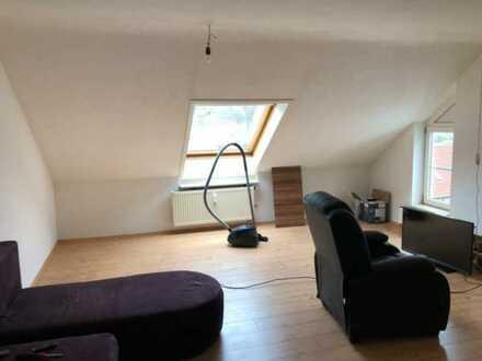 Schöne 2-Zimmer-DG-Wohnung mit Balkon und Einbauküche in Bad Ditzenbach/Gosbach
