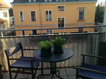 Gepflegte 1-Zimmer-Wohnung mit Balkon und EBK. 1-bedroom-apartment near the university hospital
