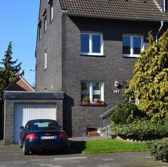 Exclusive Haushälfte in Duisburg Röttgersbach