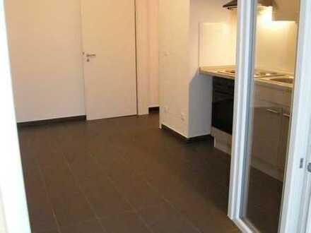 Saniertes Appartement mit 2 Westbalkonen, 40 m², 1.OG, Wohnküche mit EBK, ab 01.07.2020