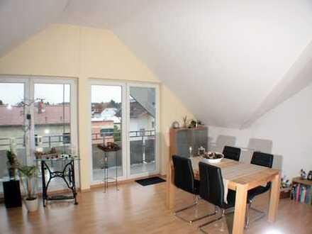 von privat: Nachmieter für 3-Zimmer-DG-Wohnung in Eschborn gesucht