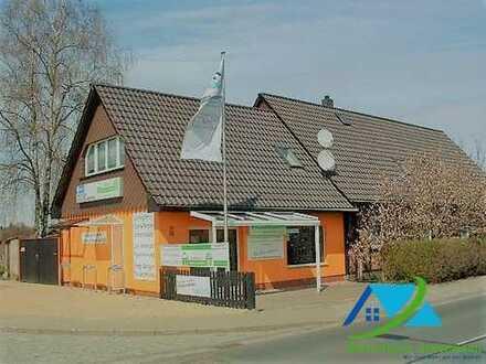 + Maklerhaus Stegemann + Einfamilienhaus mit massiven Anbau bei Wolgast