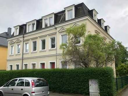 Schöne renovierte Dreizimmerwohnung in Dresden-Mickten