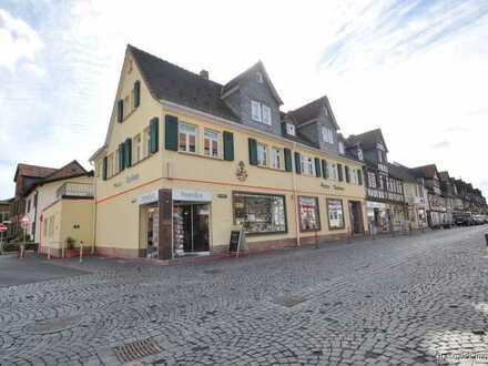 Exklusives Tagescafe mit großem Schaufenster in bester Lage auf Büdingens Einkaufsstraße