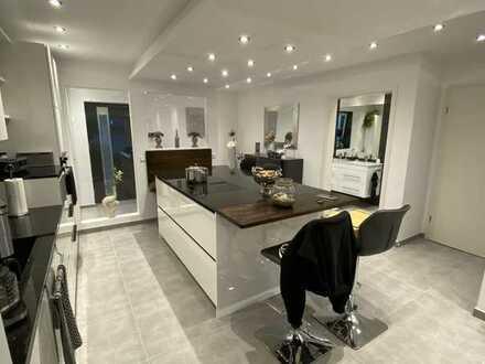 Luxus Wohnung am Stadtpark mit All Inclusive Paket (Design-Einbauküche uvm)