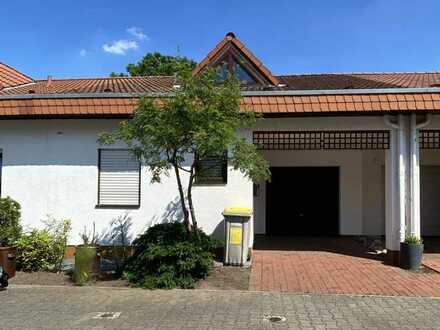Gepflegtes Haus mit vier Zimmern in Mannheim