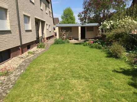 EG in Zweifamilienhaus mit Garten