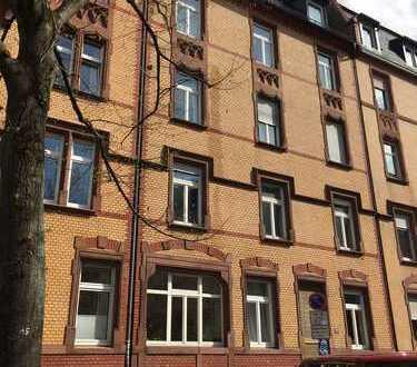 Großzügige Etagenwohnung unweit der Schweizer Straße und des Südbahnhofs