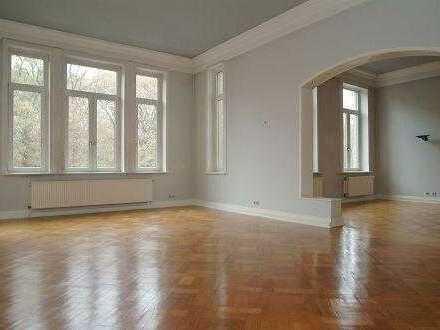 Schöne, geräumige fünf Zimmer Wohnung, mit Fahrstuhl, in Bestlage an der Eilenriede
