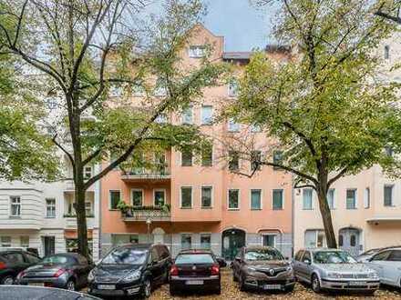 Bezugsfreie Dachgeschosswohnung mit West-Terrasse, fantastische Lage Nähe Tempelhofer Feld
