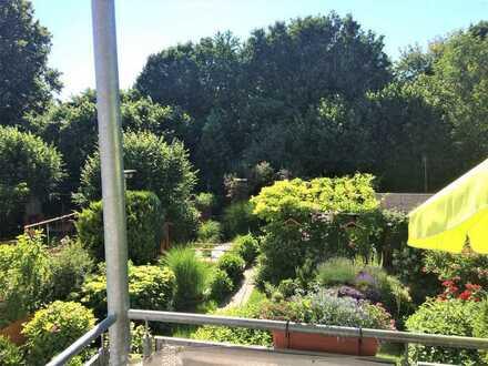 Großzügige und helle 4-Zimmer-Wohnung zur Kapitalanlage mit großem Balkon und Blick ins Grüne!