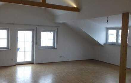Schöne, geräumige vier Zimmer Wohnung in Ostallgäu (Kreis), Marktoberdorf
