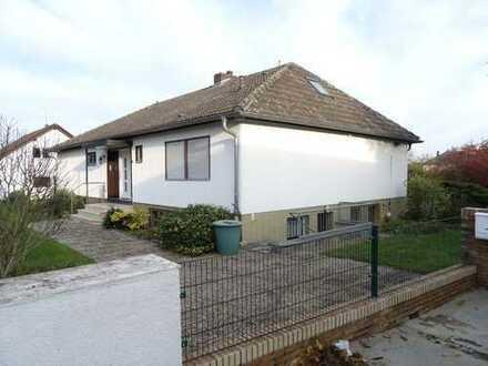 """Ruhig gelegenes Wohnhaus """"im Grünen"""" in Wöllstadt, OT Nieder Wöllstadt"""