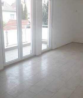 Vollständig renovierte 3,5-Zimmer-Wohnung mit Balkon in Fellbach