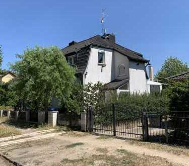 Direkt vom Eigentümer,Großes Einfamilienhaus mit Wintergärten und Pool in Fredersdorf-Vogelsdorf