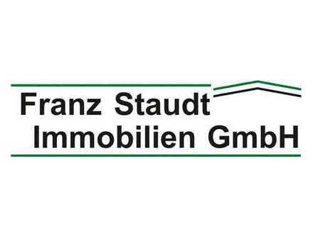 Bei Hösbach: Gewerbeanwesen mit Erweiterungsgrundstück