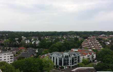 Optimal geschnittene helle 1- Zimmerwohnung, Küche,Bad,riesige Loggia in Erftstadt Liblar