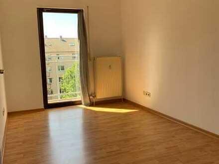 Schönes 1-Zimmer Apartment in Mannheim-Lindenhof, zentral gelegen