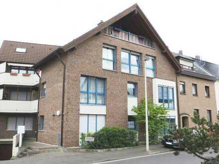 Beuel - Schwarz Rheindorf, helle, schicke und großzügige 2 Zimmer Wohnung