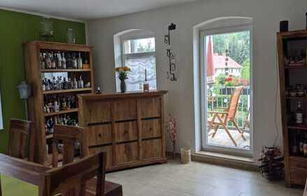 Hübsche 5-Zimmer-Wohnung mit 2 Balkonen zu vermieten!