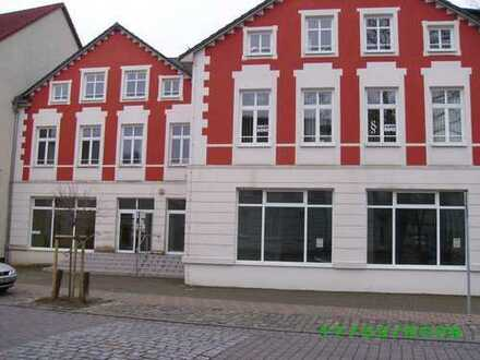 Helle und schön sanierte 2-Zimmer-Dachgeschosswohnung in Rüdersdorf