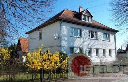 ***Neuer Preis*** Gepflegtes Anwesen mit 3 Wohneinheiten - eine Wohnung bezugsfrei!