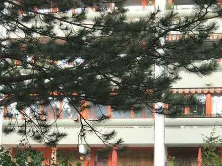 Wohlfühlen in München - Laim : Gepflegte 2 ZW. mit TG-Stellplatz, ruhige Top Lage