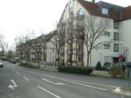 Apartment mit Balkon und EBK in der Mainaue 1 - Maintal
