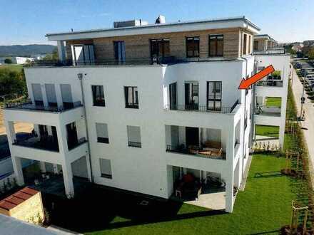 Neuwertige 3-Raum-Wohnung mit Balkon in Neutraubling