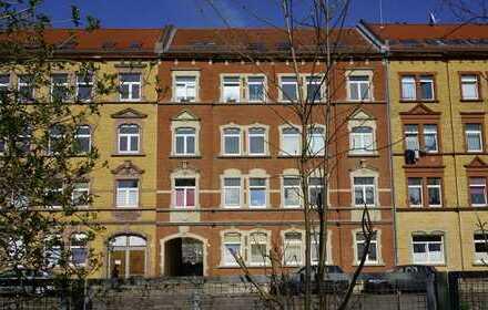 JUNGE PÄRCHEN AUFGEPASST - KLEINE 3 Zimmer-Wohnung sucht neue Mieter