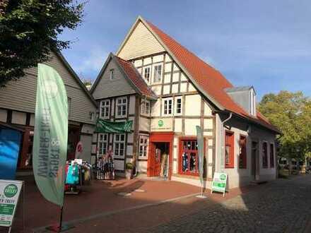 Bünde: Geschäftsobjekt in Fußgängerzone