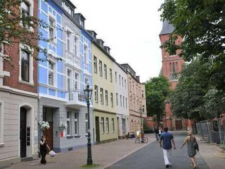 Bel Etage im Jugendstilhaus direkt am Gertrudisplatz