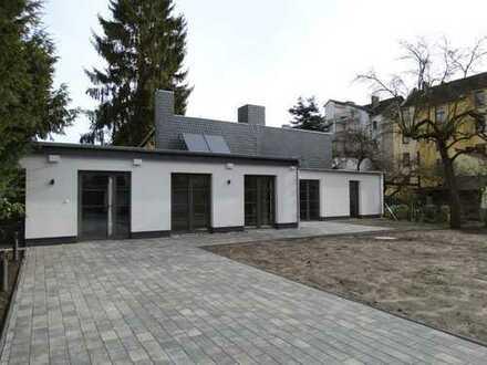 Wie die Perle in der Auster - ein kleines Haus im Innenhof in Döhren