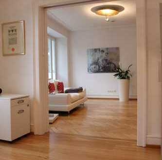 Gehobene, helle 3-Zimmer-Stadtwohnung mit Altbau-Charme in exklusiver Innenstadtlage
