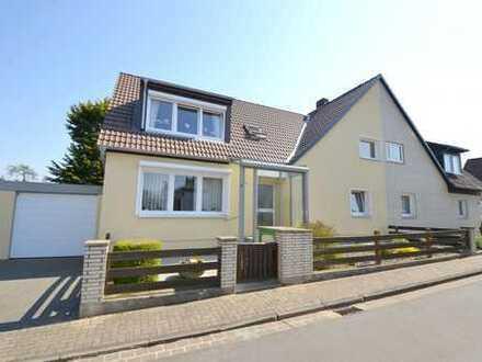 Repräsentative Doppelhaushälfte mit großem Garten in Hannover - Oberricklingen