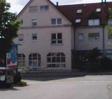 Gepflegte 2-Zimmer-Wohnung mit EBK in Krumbach