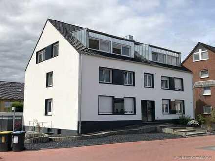 Kirchhellen, helle 2,5 Raum im DG, neu saniert im 6 Fam. Haus mit Balkon