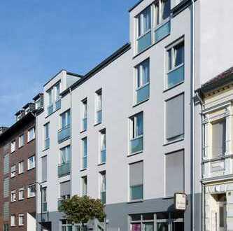 Familien-Wohnung im Zentrum, mit Balkon und Blick in grünen, ruhigen Innenhof !*WBS erforderlich*