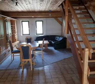 Großzügige 4-Zimmer Wohnung mit Balkon