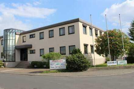 Attraktive Büro- und Servicefläche im EG, mit repräsentativem Eingangsbereich
