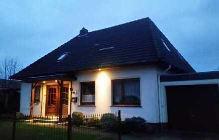 Gepflegtes Einfamilienhaus mit kleinem Garten in Rastede