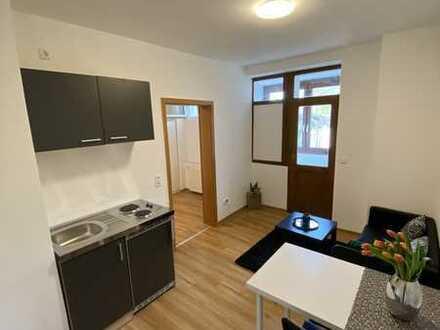 Erstbezug nach Sanierung: ansprechende 2-Zimmer-Wohnung mit moderner Innenausstattung in Karlsruhe