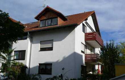 Schriesheim, gepflegte 4-Zimmer-Wohnung mit Balkon und moderner EBK in Schriesheim