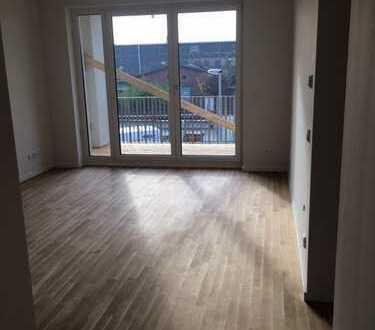 Erstbezug mit EBK und Balkon: schöne 2-Zimmer-Wohnung in Groß Borstel, Hamburg