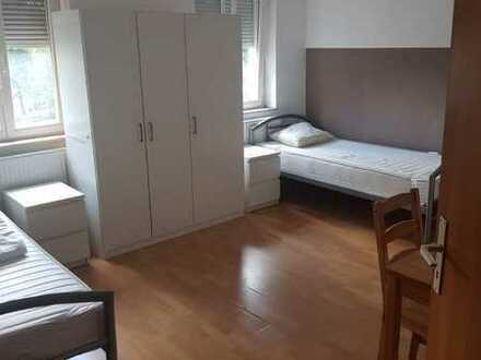 """Möblierte 4 Zimmerwohnung als """"Monteure -Zimmer"""" zu vermieten"""