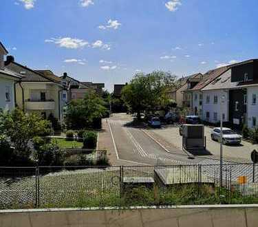 Erstbezug: Moderne, sonnige 2-Zimmer-Wohnung mit Einbauküche und Balkon in Schriesheim